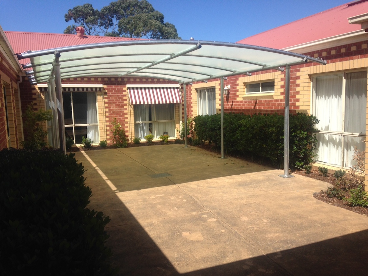 Photo gallery peninsula shade sails for Shade structures
