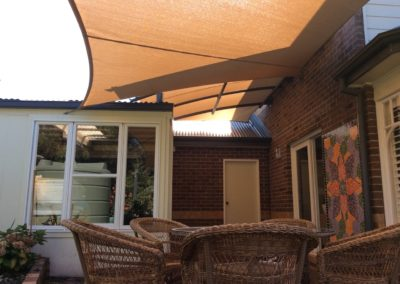 domestic_shade_sail_and_structure